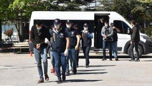 'Yasa dışı bahis' ile 15 kişiyi 70 bin TL dolandıran 6 şüpheli tutuklandı