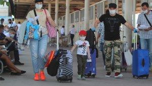 3 haftada 518 bin kişi hava yoluyla Antalya'ya geldi !