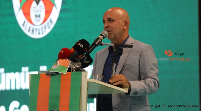 Alanyaspor'da Hasan Çavuşoğlu güven tazeledi