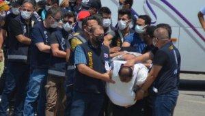 Polisi şehit eden şüpheliler, defalarca yapılan 'dur' ihtarına uymamış !