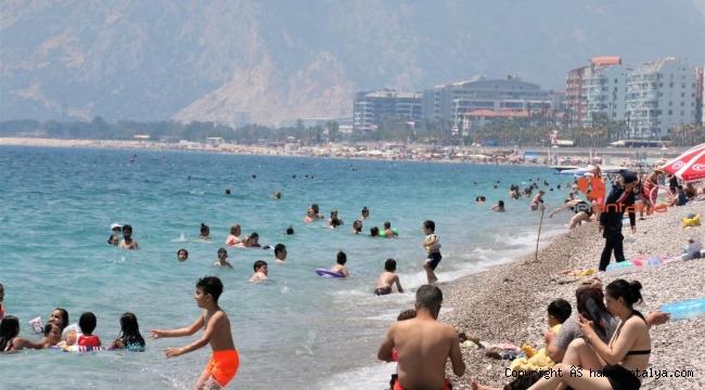 Vaka sayıları düşünce plajlar doldu