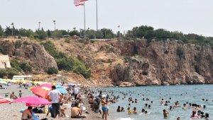 Antalya'da vaka artışı hız kesmiyor