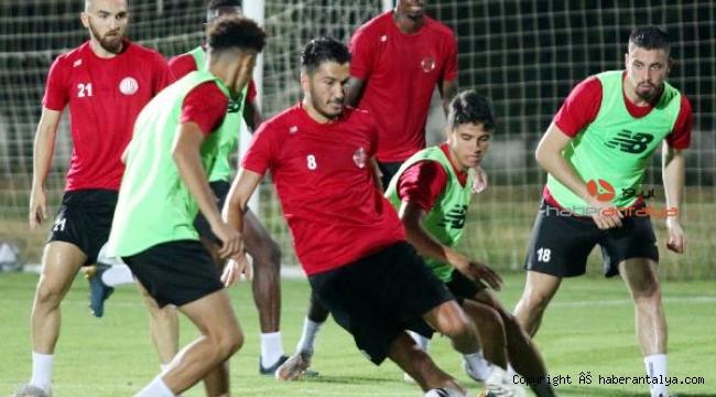 Antalyaspor kabuk değiştirdi