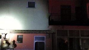 Gazipaşa'da tripleks ev yangını