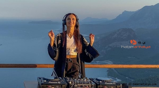 Konser için geldiği Antalya'da klip çekti