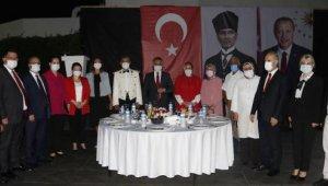 Antalya Valiliği'nden Zafer Bayramı resepsiyonu