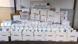 Antalya'da dev kaçak ilaç operasyonu !