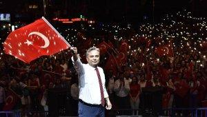 Zafer Bayramı Muratpaşa'da coşkuyla kutlanıyor