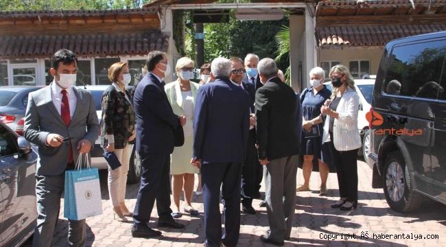 """""""Uluslararası alanda Ukrayna ve Türkiye ombudsmanlığı dünyanın vicdanı olmaktadır"""""""