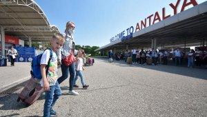 Antalya'ya ekimde5ülkedenturist bekleniyor