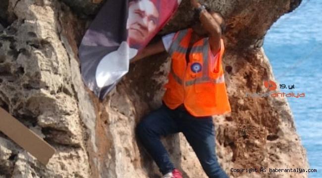 Atatürk posteri asmak için ölümle burun buruna geldi