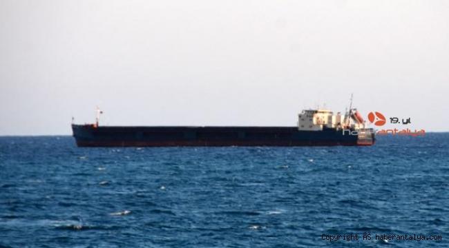 Gemiler güvenli koylara sığındı