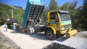 Alanya'da Koşdavut yolu asfaltlanıyor