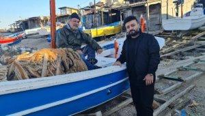 Antalyalı şarkıcıdan balıkçı köyünde klip