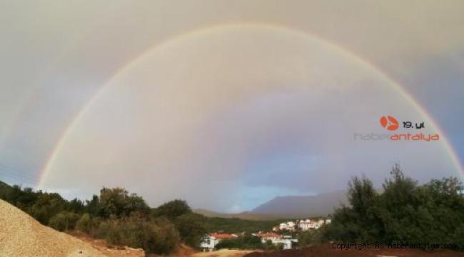 Yağmur sonrası 'gökkuşağı' güzelliği