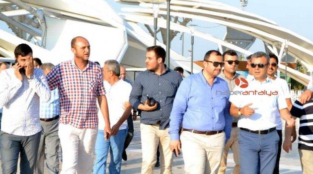 AK Parti heyeti EXPO'yu gezdi