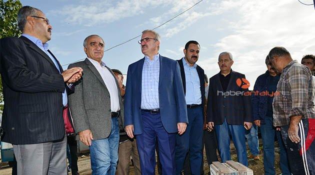 Antalya'da hortumun hasarı tespit ediliyor