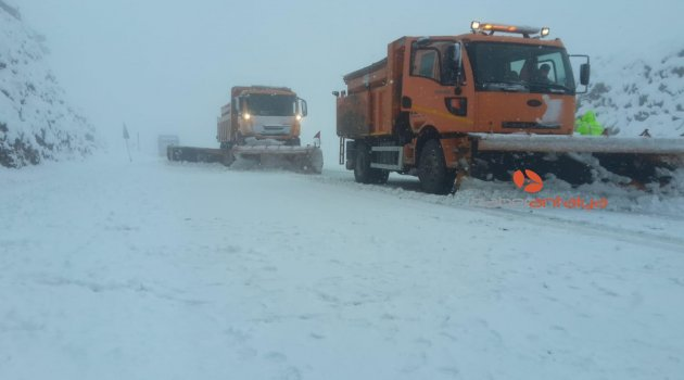 Antalya-Konya karayolunda yoğun kar yağışı