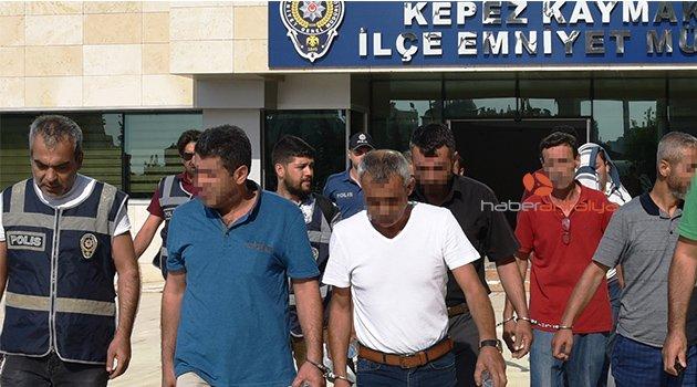 Antalya'da 70 kişi yakalandı