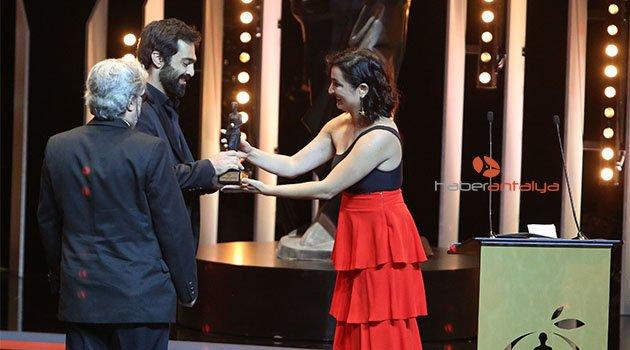 """Antalya'da """"En İyi Film"""" Ödülü Çin'e gitti"""