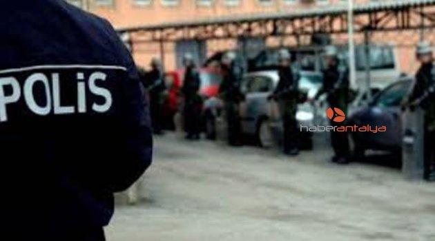 Antalya'da FETÖ operasyonu: 8 gözaltı