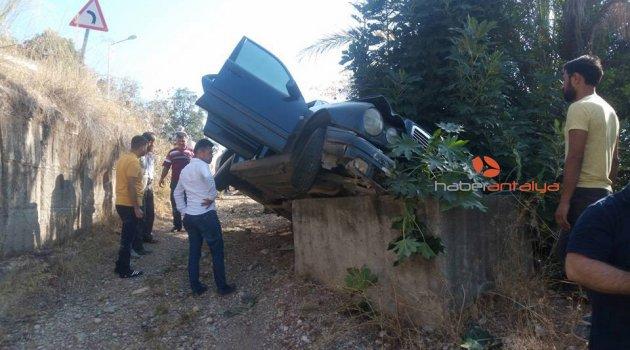 Antalya'da inanılmaz kaza: 4 yaralı