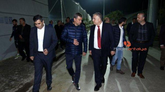 Antalyaspor Başkanı Bulut: İyi sonuçlar almayı düşünün