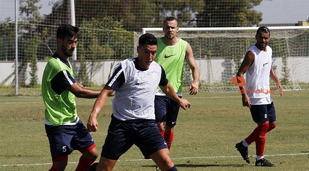 Antalyaspor'da Kayserispor maçının hazırlıkları devam ediyor