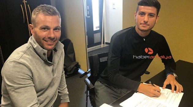 Antalyaspor U21'den Finlandiya Süper Ligi'ne transfer oldu