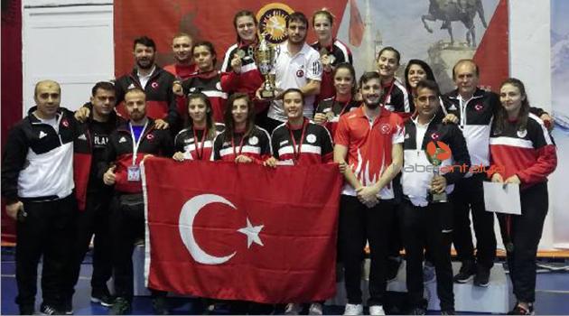 Balkan şampiyonu Kepez'den