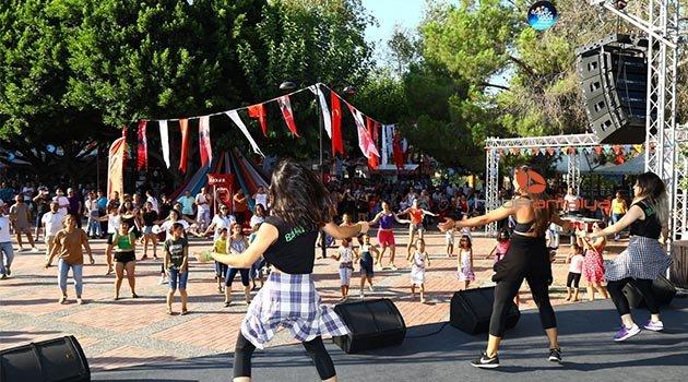 Barış Suyu Festival Köyü'nde festival coşkusu