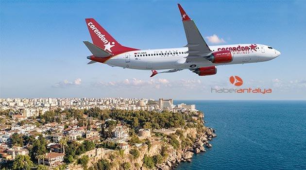 Boeing'in yeni uçağı MAX 8 ilk defa Türkiye'de