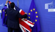 Brexit: İngiltere hükümeti, İrlanda ile sınır kapısına karşı olduğunu açıkladı