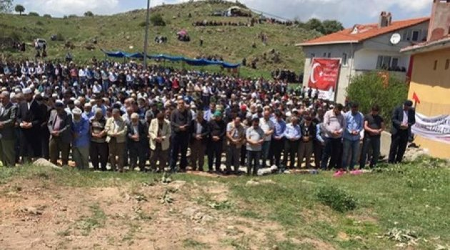 Bu köye binlerce kişi 7 yılda bir geliyor