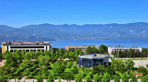 Devlet üniversitesinde İngilizce garantili diploma