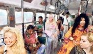 'Dünya Güzellerim'in otobüs macerası