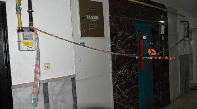 Fazla kişinin bindiği asansör zemine çakıldı: 7 yaralı