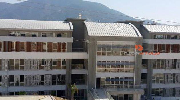 Finike'de okullar yeni döneme hazırlanıyor