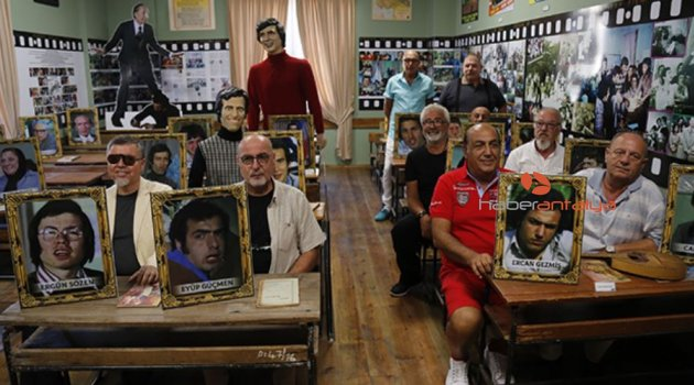 'Hababam Sınıfı' oyuncuları 43 yıl sonra bir araya geldi