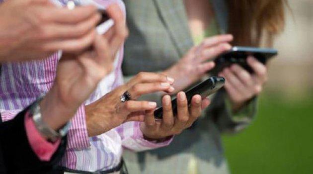 İkinci el cep telefonu fiyatı sıfırıyla yarışıyor