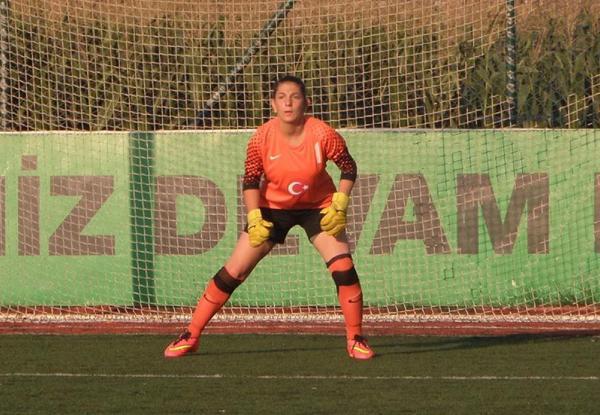 Kadın Futbol Takımına 4 Transfer