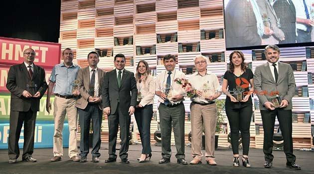 Kepez'in edebiyat ödülleri verildi