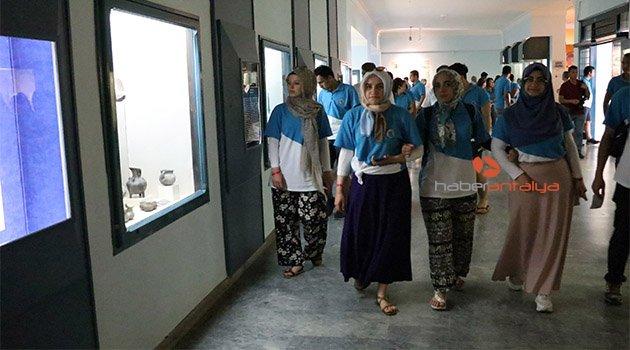 81 ilden şehit ve gazi çocukları Antalya'da