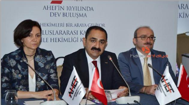 'Aile hekimliği Türkiye'de ortalama yaşam süresini 10 yıl uzattı'