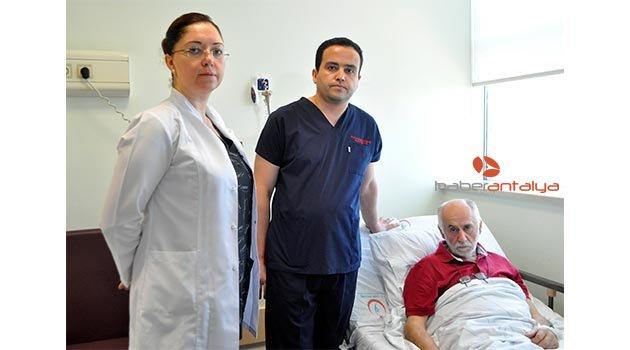 Ameliyat sırasını, durumu daha acil hastaya verdi