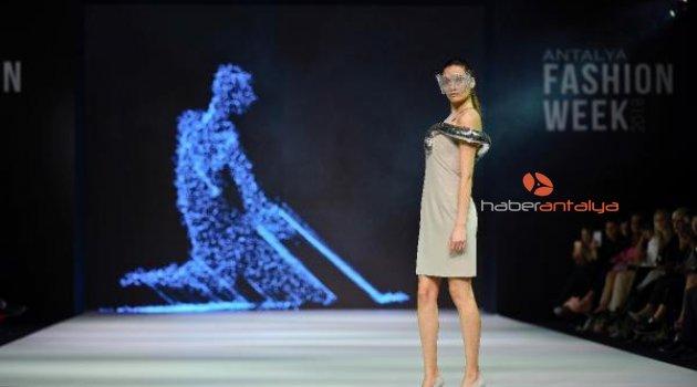Antalya Fashion Week'e kadın temalı final