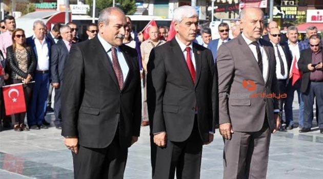 Antalya'da Muhtarlar Günü törenle kutlandı