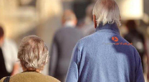 Araştırma: Düzenli olarak evden çıkan yaşlılar daha uzun yaşayabilir
