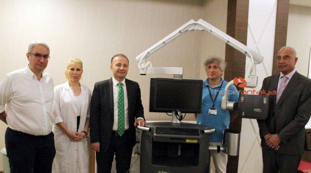 AÜ Hastanesine mikrocerrahi ameliyatlarına görüntüleme sistemi