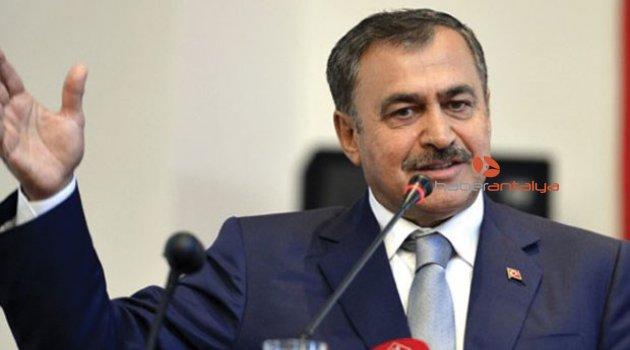 Bakan Eroğlu, Kızılaliler için imzaladı